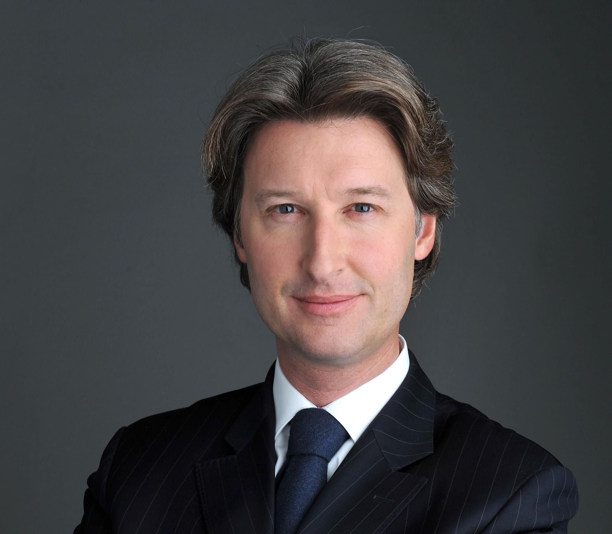 <b>Jean-Charles</b> Decaux, Directeur général de JCDecaux - Jean-Charles-Decaux-2664-signature-obligatoire-%C2%A9Gilles-DACQUIN-e1418999587165